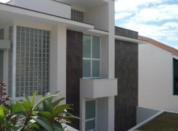Casa à venda - na Vila Nova