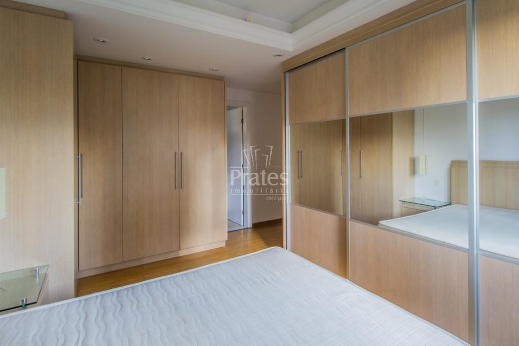 Apartamento para aluguel com 2 quartos ecoville curitiba for Maison classique curitiba aluguel