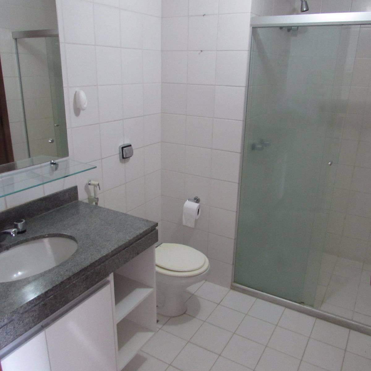 Imagens de #535F5C Apartamento para aluguel com 1 Quarto Barra Salvador R$ 1.300 45  1200x1200 px 3482 Blindex Para Banheiro Salvador Bahia