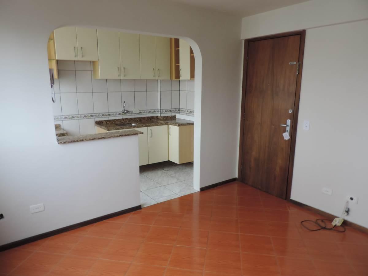 Quarto Centro Curitiba R$ 650 44 m2 ID: 2922153480 Imovelweb #7A422C 1200 900