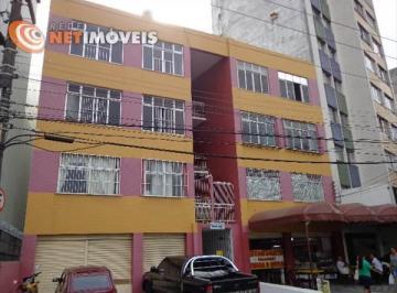 Apartamento à venda - em Nazaré