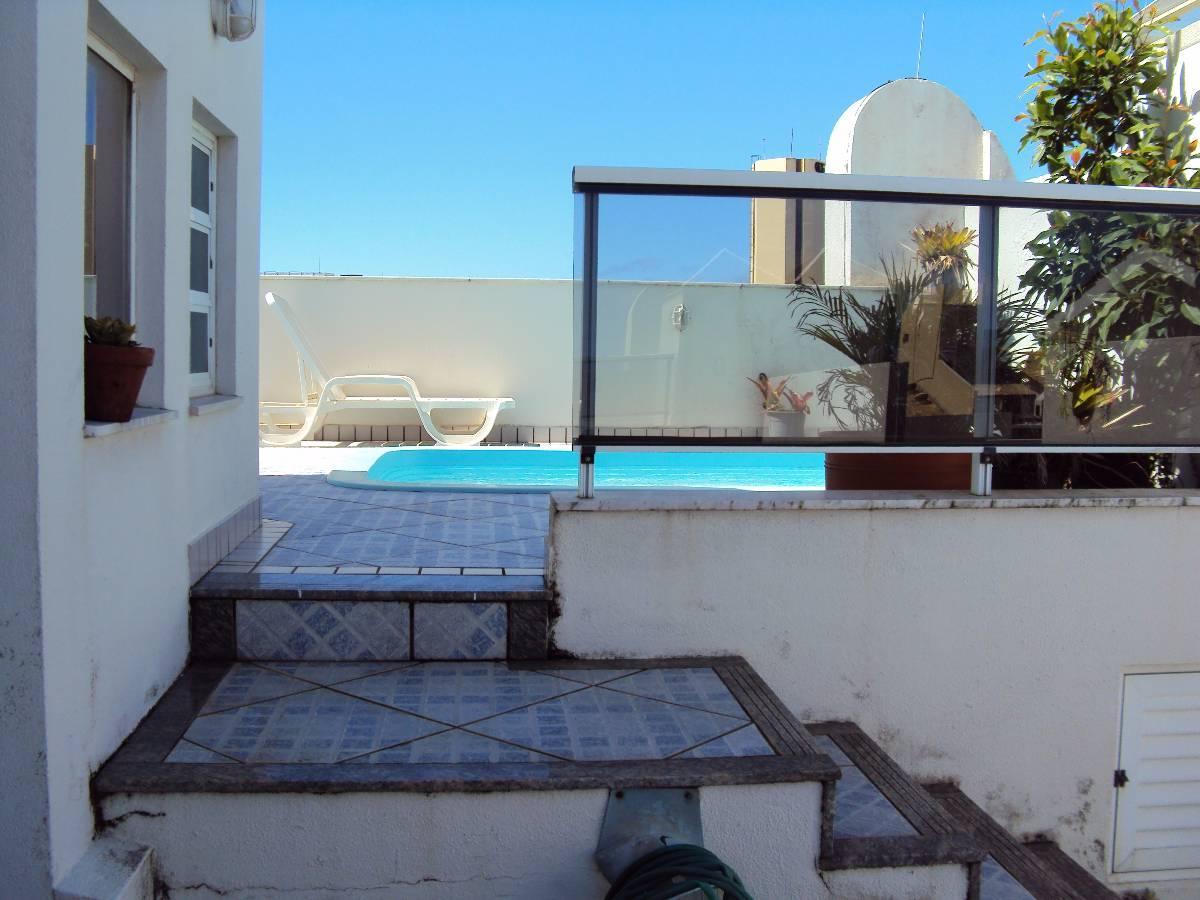Cobertura Duplex em condomínio com linda área de lazer á 50m do mar  #127CB9 1200x900 Banheiro Container Florianopolis