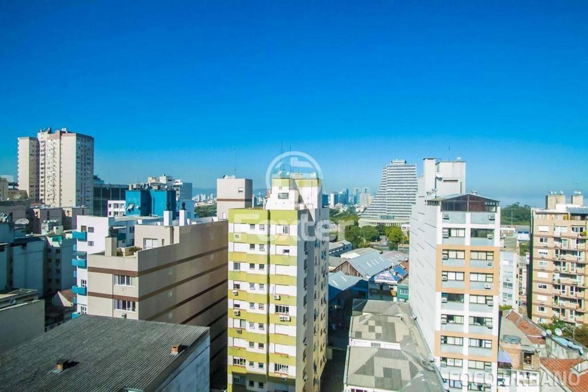Imagens de #017ACA  Porto Alegre R$ 746.000 159 m2 ID: 292 9957 Imovelweb 1151x768 px 2724 Box Banheiro Porto Alegre