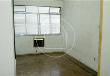Apartamento à venda - no Centro