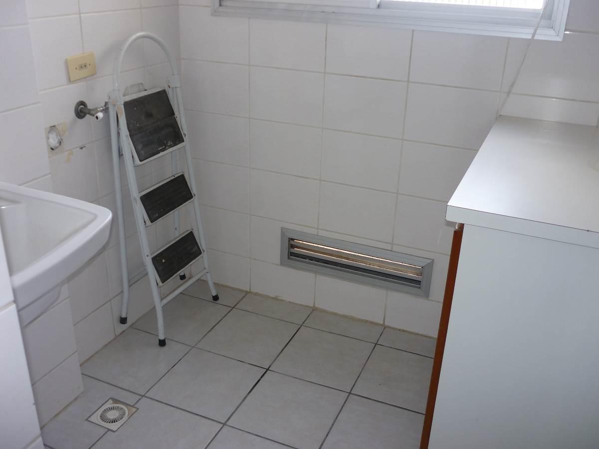 Imagens de #5A4D46 Apartamento para aluguel com 3 Quartos Boa Vista Curitiba R$ 1.200  1200x900 px 3060 Box Banheiro Boa Vista Curitiba
