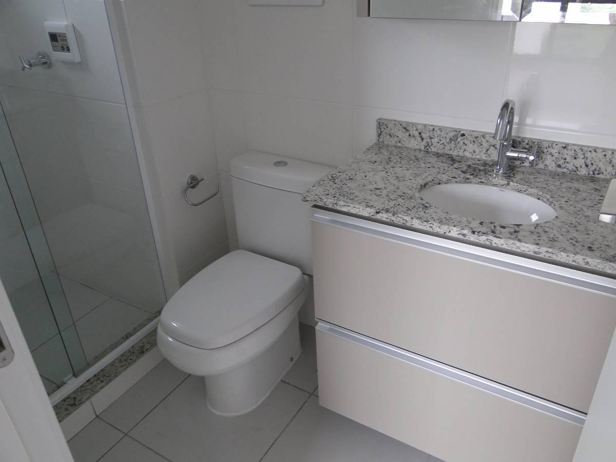Apartamento para aluguel com 1 Quarto Portão Curitiba R$ 1.300  #61616A 1200x900 Banheiro Apartamento Alugado
