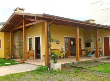 Casa térrea, 3 dorms. em loteamento Ribeirão da Ilha