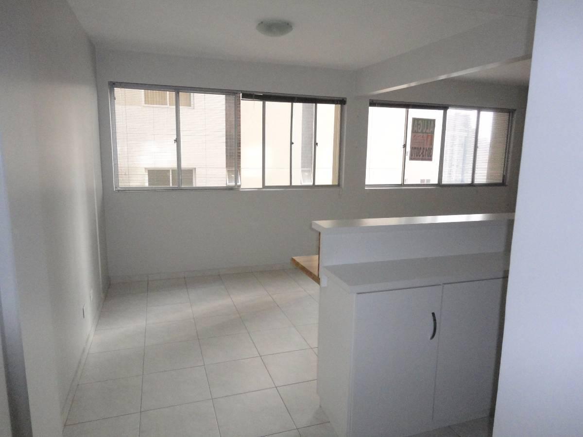 Imovelweb Apartamentos Aluguel Paraná Curitiba Centro Apto 01 dormit  #555D76 1200x900 Armario Banheiro Curitiba