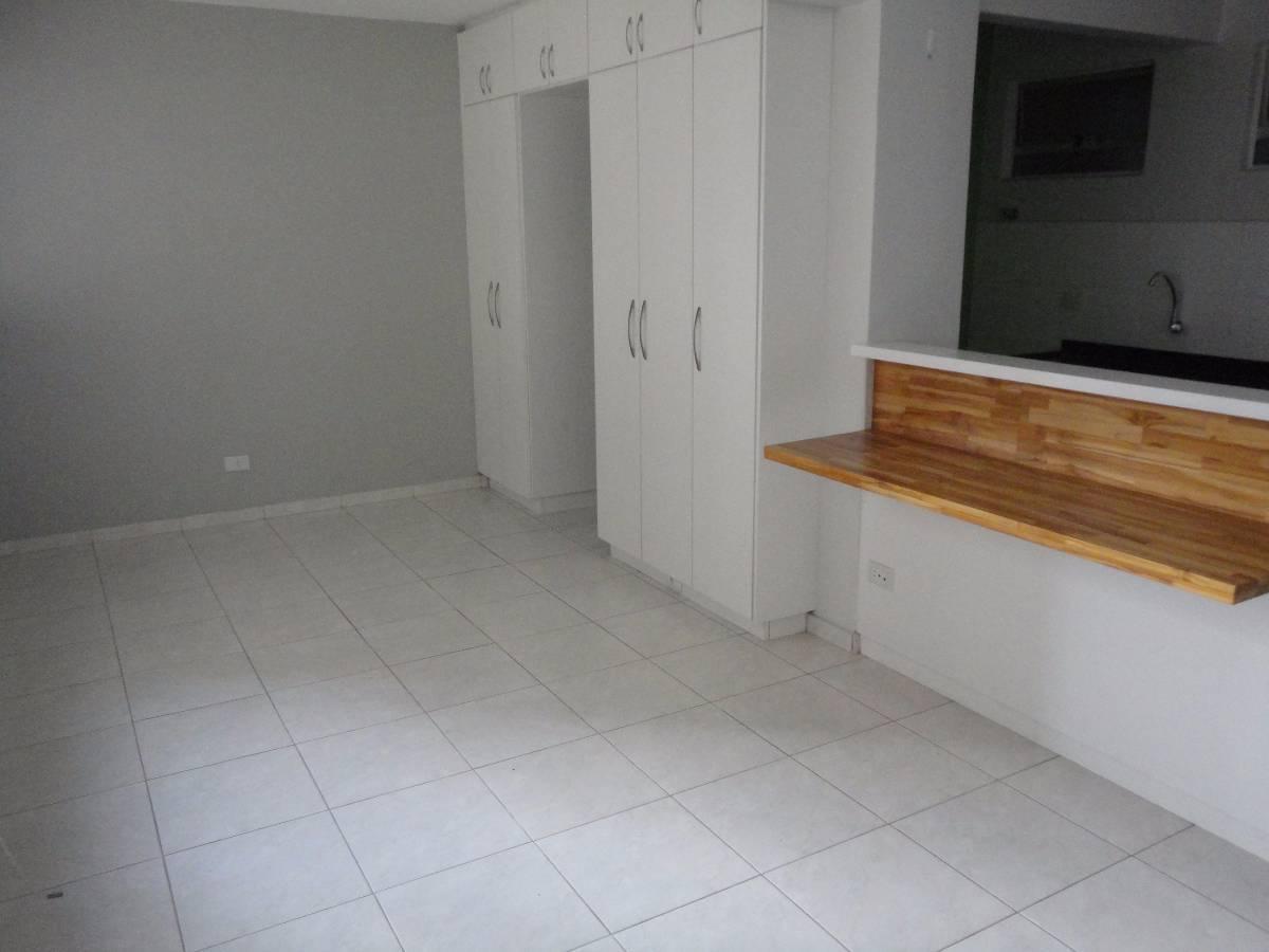 Imovelweb Apartamentos Aluguel Paraná Curitiba Centro Apto 01 dormit  #6F4728 1200x900 Armario Banheiro Curitiba