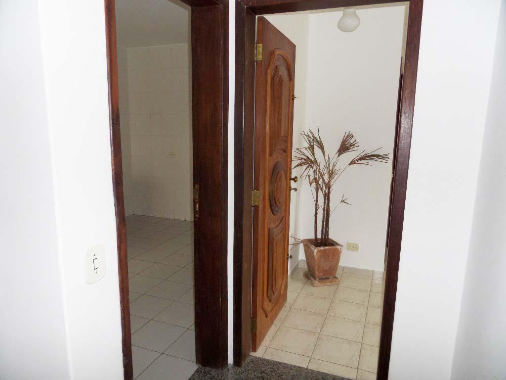 Comercial para aluguel com 0 Hugo Lange Curitiba R$ 1.900 133 m2  #6B4330 1024 768