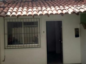 Casa à venda - em Stella Maris