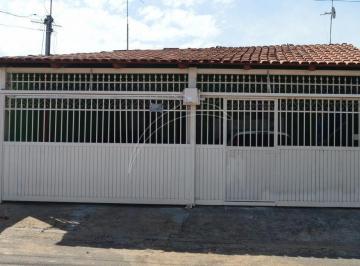 Casa de laje otima localização.