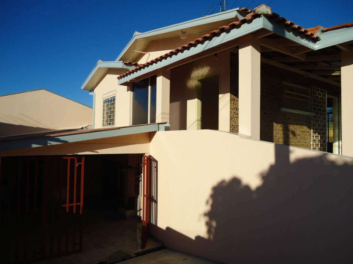 Imagens de #0E488D casa xaxim ce luiz jose dos santos xaxim curitiba 1200x900 px 3002 Box Banheiro Curitiba Xaxim