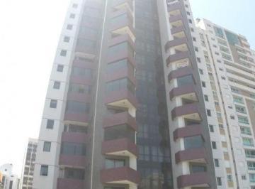 Apartamento à venda - em Batel