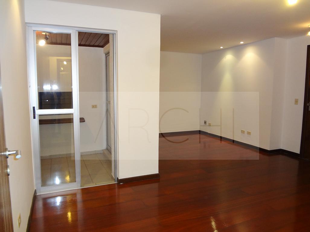 #421F10 Apartamento à venda com 3 Quartos Água Verde Curitiba R$ 425.000  460 Janelas Duplas Curitiba
