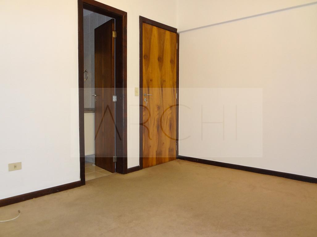 #AA6F21 Apartamento à venda com 3 Quartos Água Verde Curitiba R$ 425.000  460 Janelas Duplas Curitiba