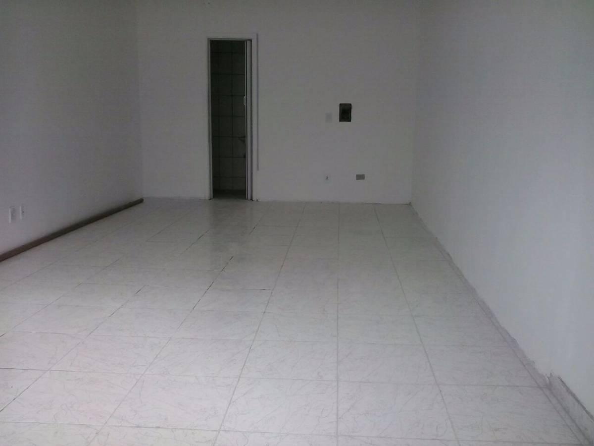 Imagens de #2A2B27 Comercial para aluguel com 1 Quarto Fazendinha Curitiba R$ 700 30  1200x900 px 3010 Box Banheiro Curitiba Fazendinha