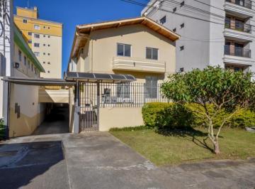 Casa à venda - na Vila Izabel