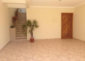 Casa à venda com 3 Quartos, Portão
