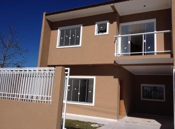 Excelente sobrado duplex, localizado no bairro Uberaba.