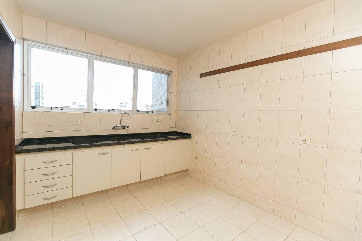 Imagens de #8B6140 Apartamento para aluguel com 4 Quartos Água Verde Curitiba R$ 2  1200x800 px 3026 Box Banheiro Curitiba Agua Verde