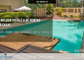 Linda casa no Ahú com 4 quartos e piscina, Curitiba