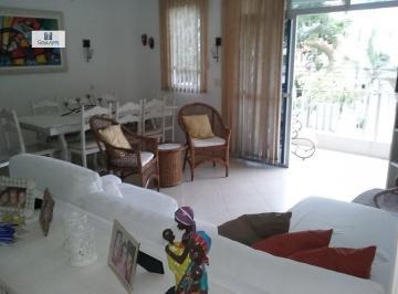 Apartamento Padrão para Venda e Aluguel em Enseada Guarujá-SP
