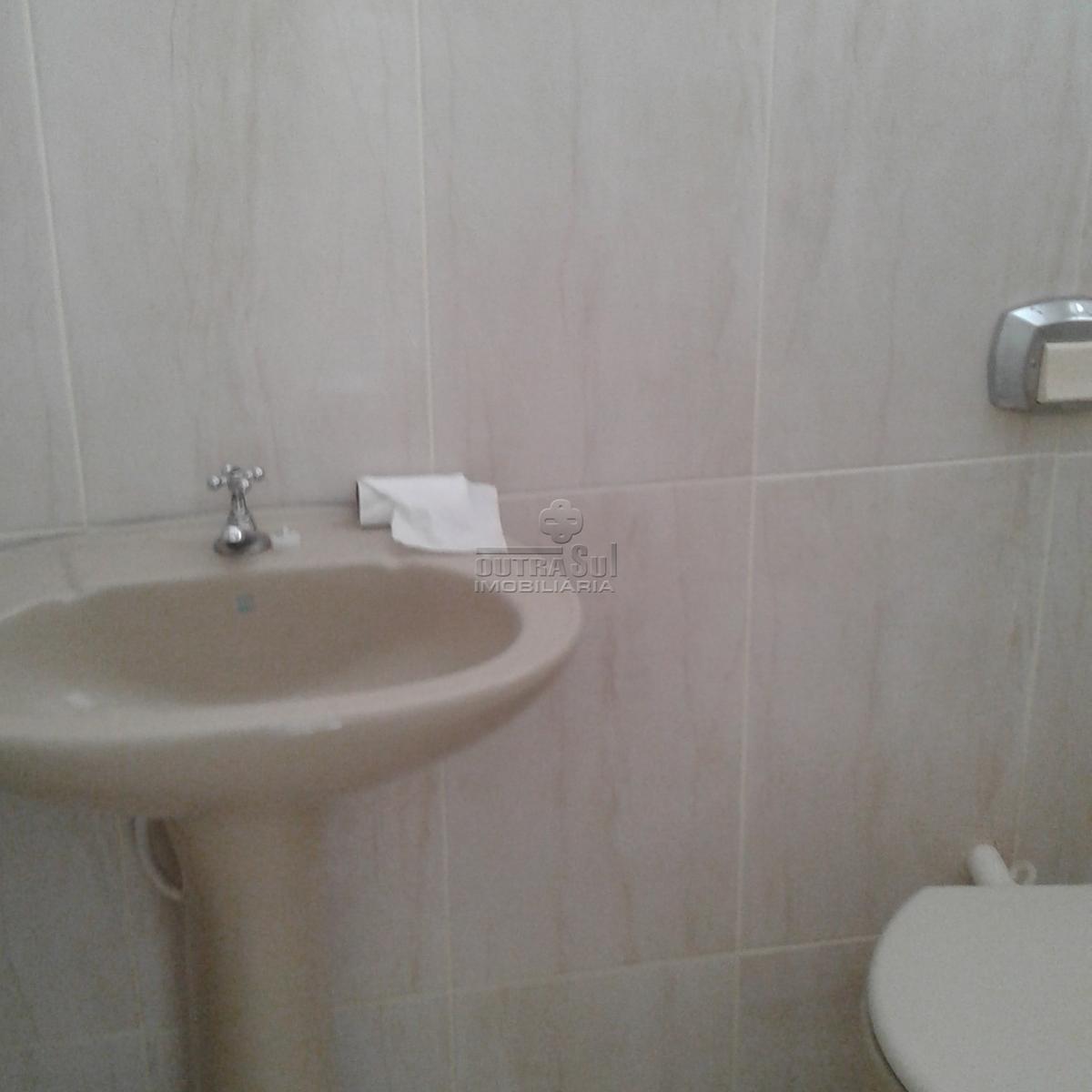 Casa para aluguel com 3 Quartos Xaxim Curitiba R$ 1.300 104 m2  #4D4639 1200 1200