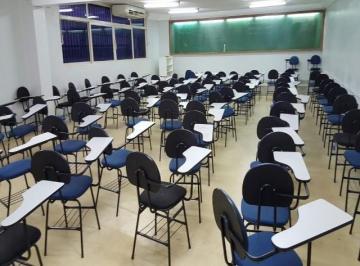 Salas Corporativas - Comercial com Preparação para Escola -Cursos e Administrativos são 1.350m2  no