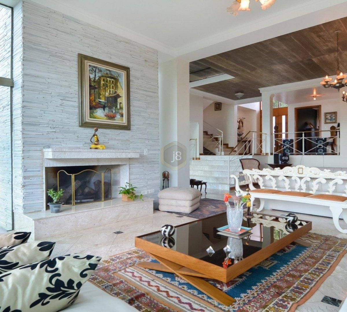 #674934 Casa à venda com 4 Quartos Cascatinha Curitiba R$ 3.300.000 1204  460 Janelas Duplas Curitiba