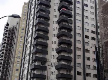 Apartamento com Vista Panorâmica. Visc. Guarapuava c/Bento Viana.