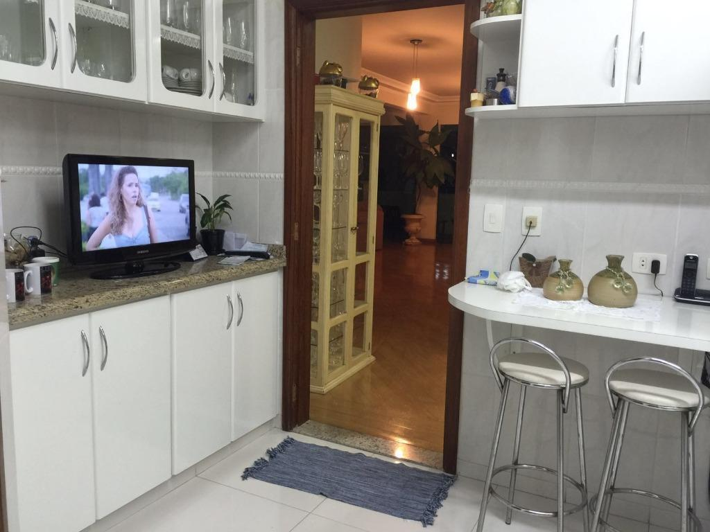 Casa à venda com 4 Quartos Swiss Park São Bernardo do Campo R$ 2  #975A34 1024 768