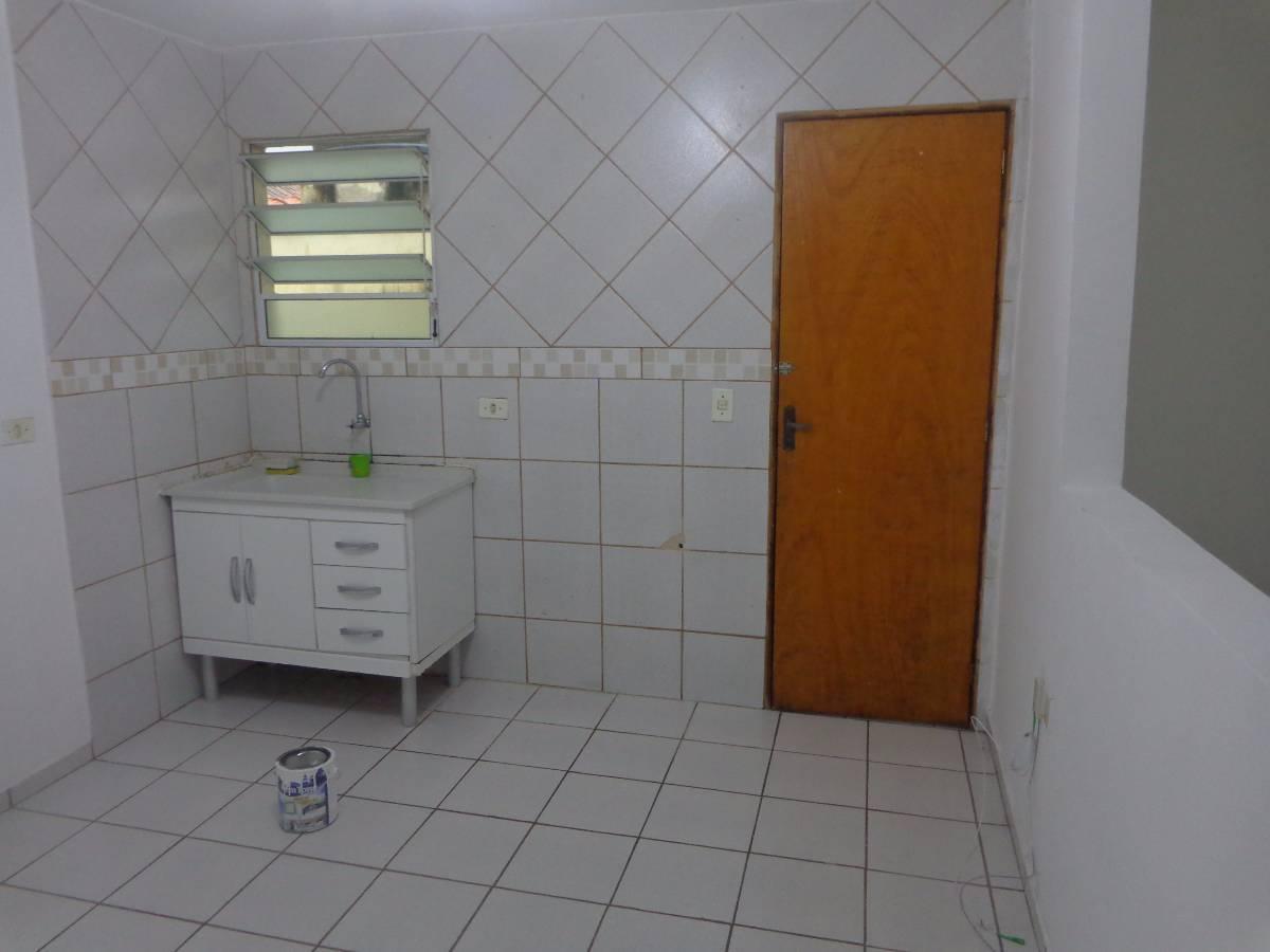 Casa para aluguel com 1 Quarto Sacomã São Paulo R$ 720 40 m2  #6A380F 1200x900 Banheiro Acessivel Completo