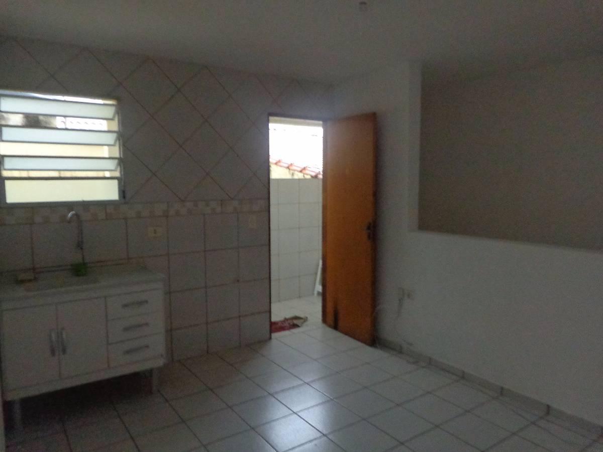Casa para aluguel com 1 Quarto Sacomã São Paulo R$ 720 40 m2  #5B483B 1200x900 Banheiro Acessivel Completo