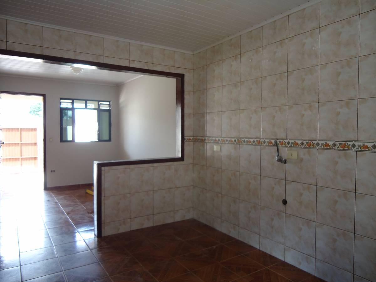 Imagens de #476384 casa pinheirinho rua monte sião 630 pinheirinho curitiba 1200x900 px 1898 Box Para Banheiro Curitiba Pinheirinho