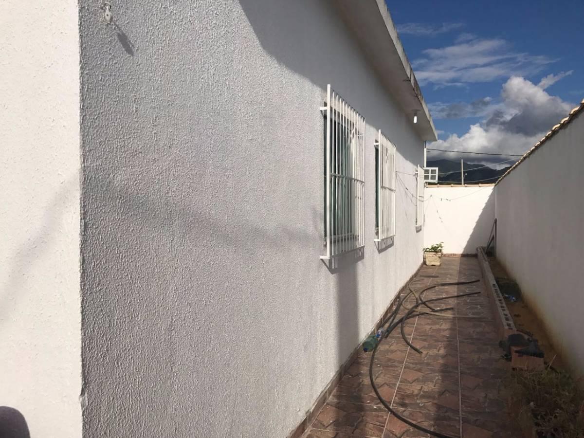 Imagens de #334D7A Casa à venda com 3 Quartos Guaratiba Rio de Janeiro R$ 220.000  1200x900 px 3052 Box Banheiro Campo Grande