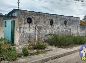 Casa linear em Sepetiba