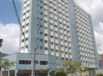 Apartamento frente a Faculdade Evangélica e ao lado Condor.