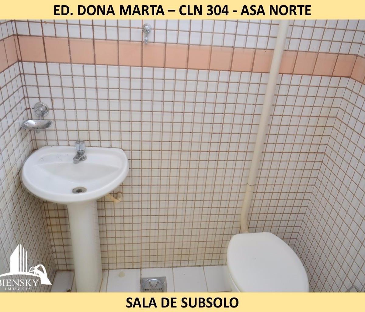Imagens de #9F812C cln 304 bloco d loja de subsolo cln 304 bloco d asa norte brasília 1200x1024 px 3346 Bloco De Cad Banheiro Publico