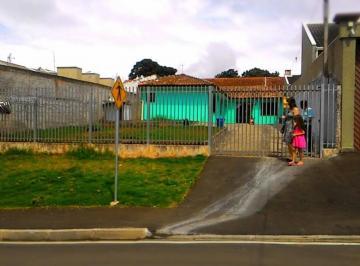 Excelente casa térrea com ótima localização em Piraquara.