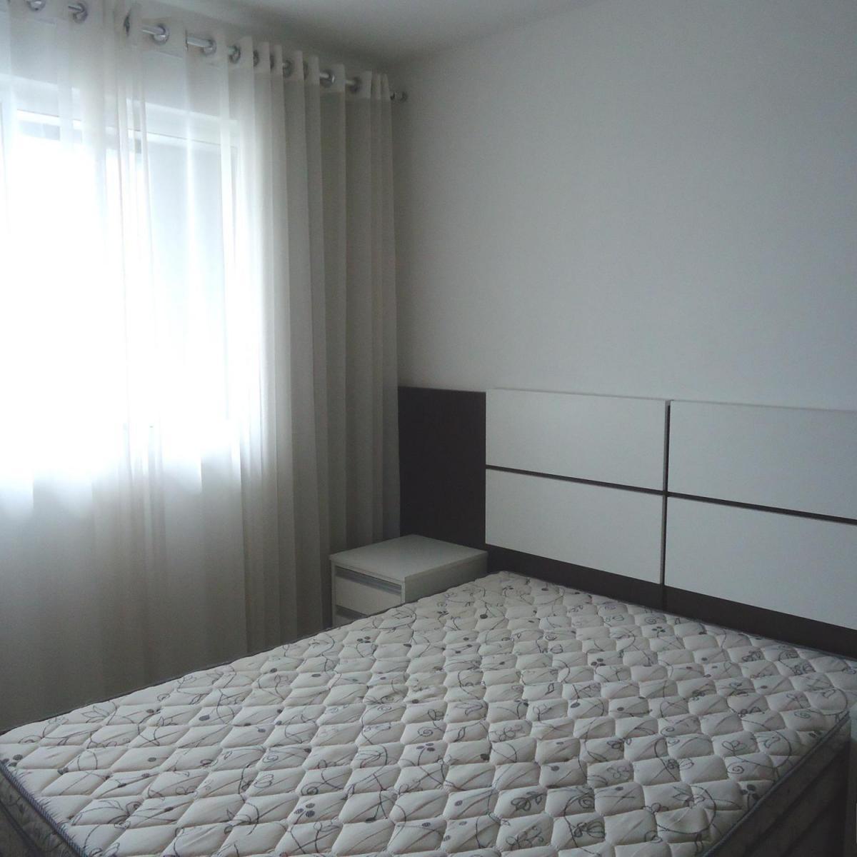 Imagens de #546C78 Apartamento para aluguel com 1 Quarto Centro Curitiba R$ 1.300 48  1200x1200 px 2810 Box Banheiro Manchado