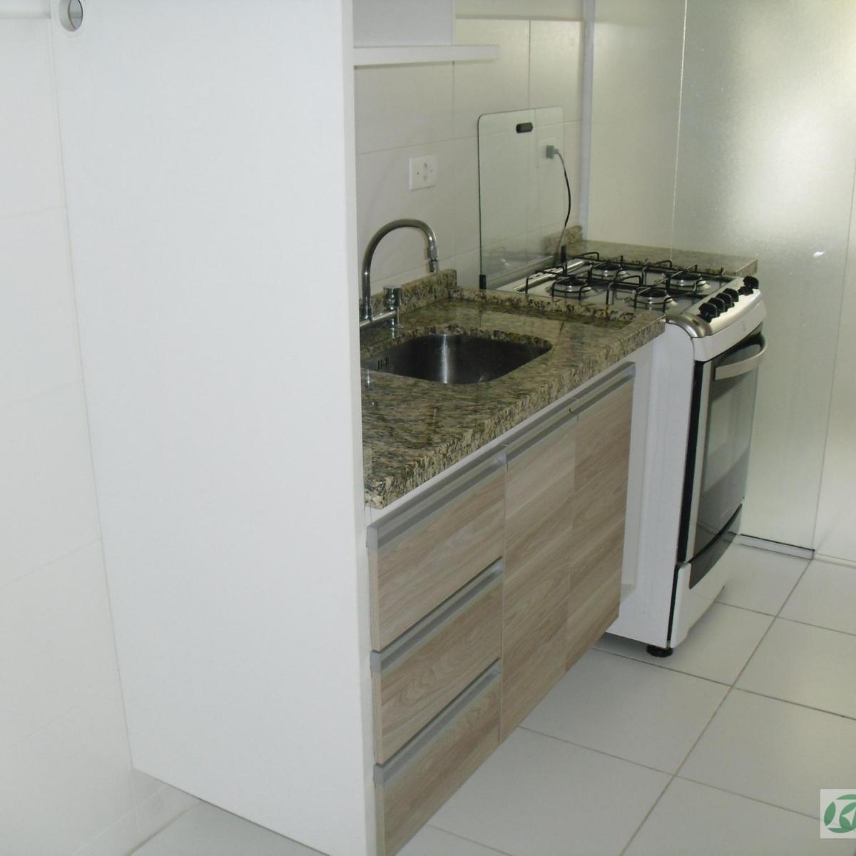 Comprido Curitiba R$ 1.200 6800 m2 ID: 2930503868 Imovelweb #57533D 1200x1200 Balcão Banheiro Curitiba