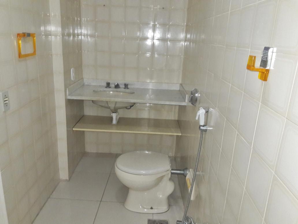 Apartamento para aluguel com 3 Quartos Tijuca Rio de Janeiro R$ 2  #B29219 1032x774 Aluguel De Container Banheiro Rj