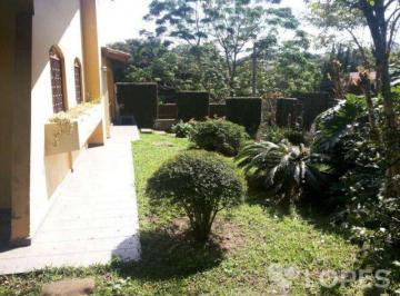 Casa à venda - em Santo Inácio