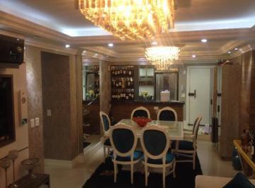 Excelente apartamento na Quadra do mar em Balneário Camboriú