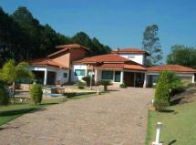 Casa à venda no Condomínio Monte Belo