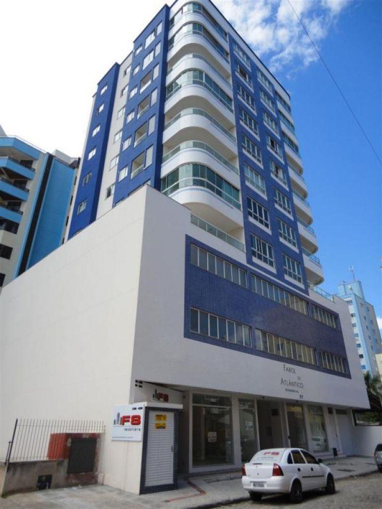 Apartamento 03 suítes zona II