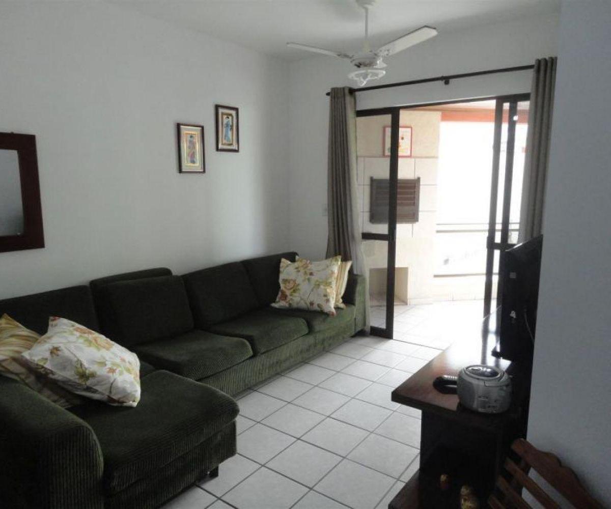 Apartamento 03 Dormitórios Zona II
