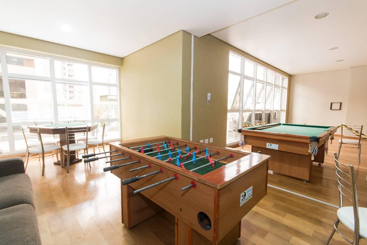 Apartamento para aluguel com 1 quarto centro curitiba for Maison classique curitiba aluguel