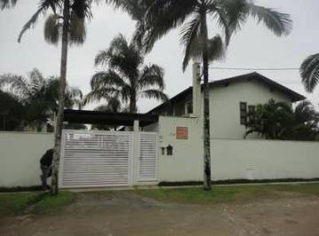Casa · 104m² · 3 Quartos · 2 Vagas